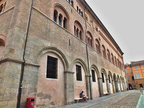 Palazzo Vescovile (Parma)