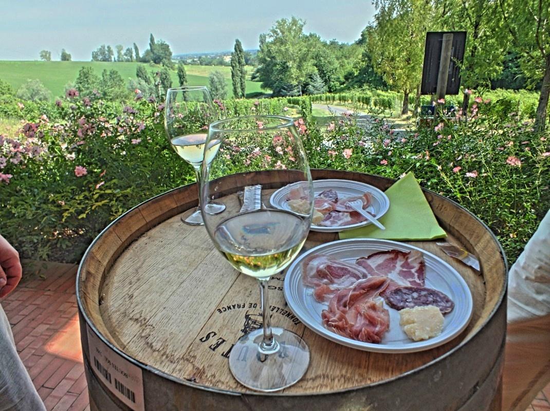 ochutnávka parmských specialit (Casale del Groppone)