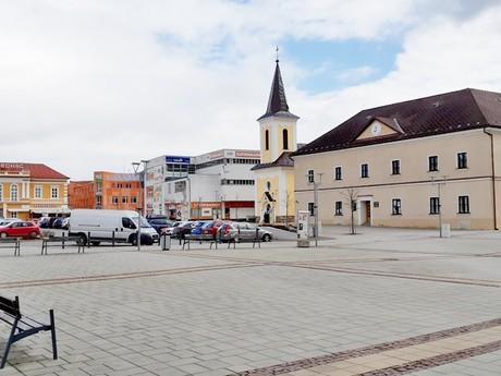 Námestie Milana Rastislava Štefánika (Trstená)