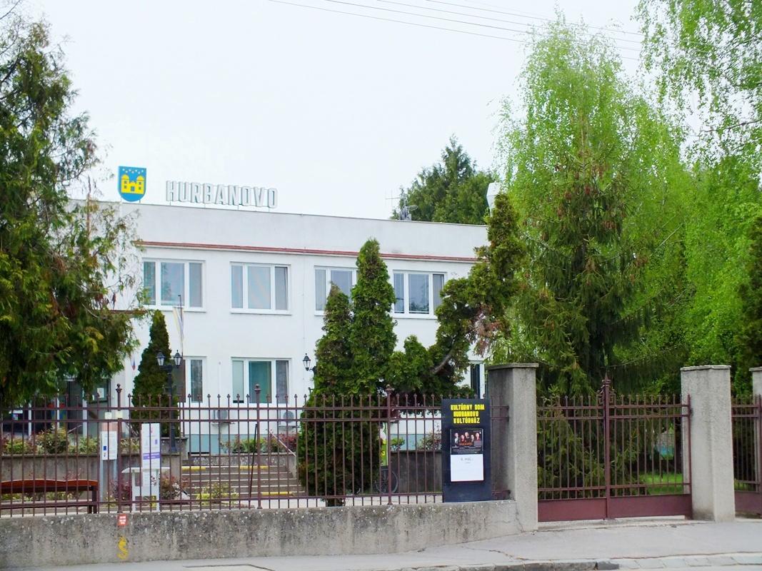 Městský úřad Hurbanovo