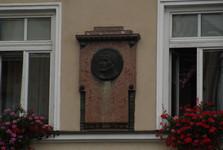 medailon Vojtěcha Scheinosta