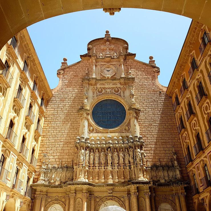 priečelie baziliky