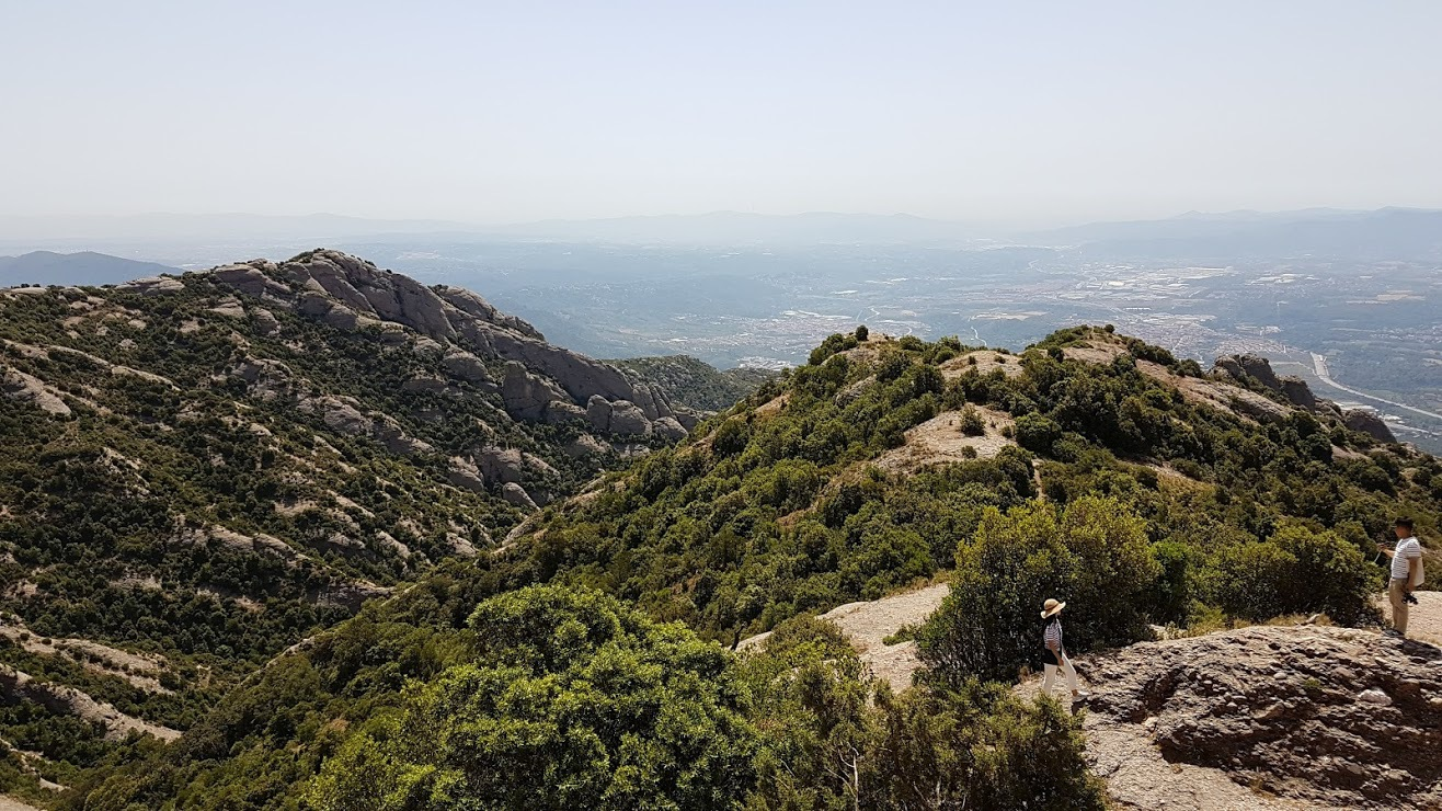 vistas over the surroundings of Montserrat