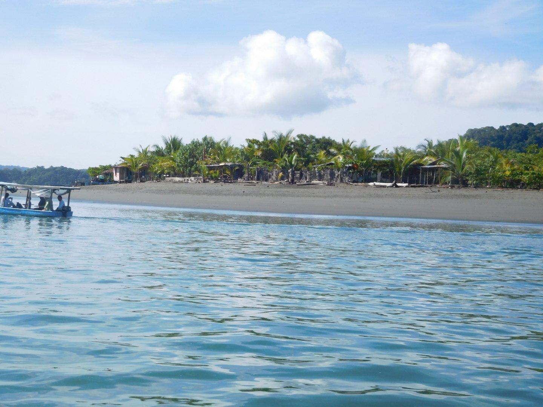 odliv na plážach Golfita