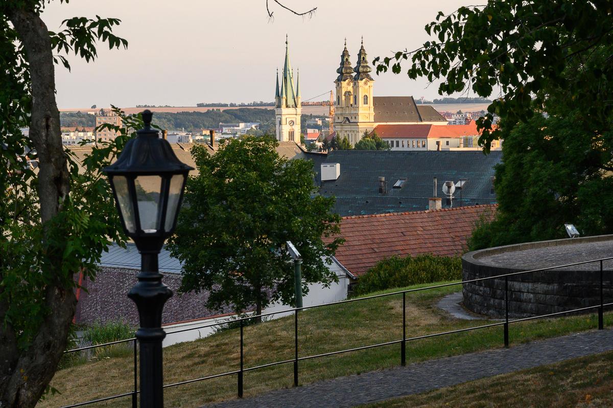 město z hradu