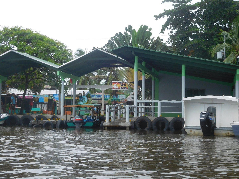 přístav Tortuguero