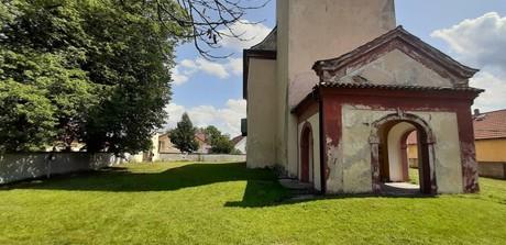 Hrusice - kostol
