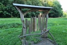 Velké Popovice – dřevěná zvonkohra