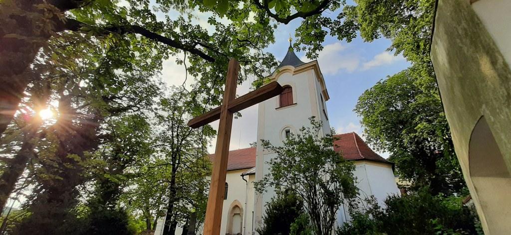Velké Popovice – kostel Panny Marie Snežné