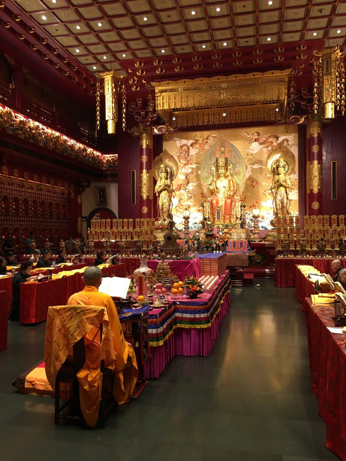 interiér budhistického chrámu v China Town