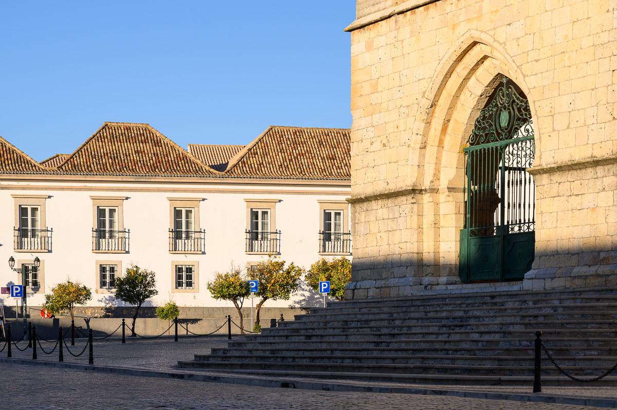 vstupní portál katedrály