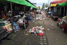 zapadlá ulice v Denpasaru