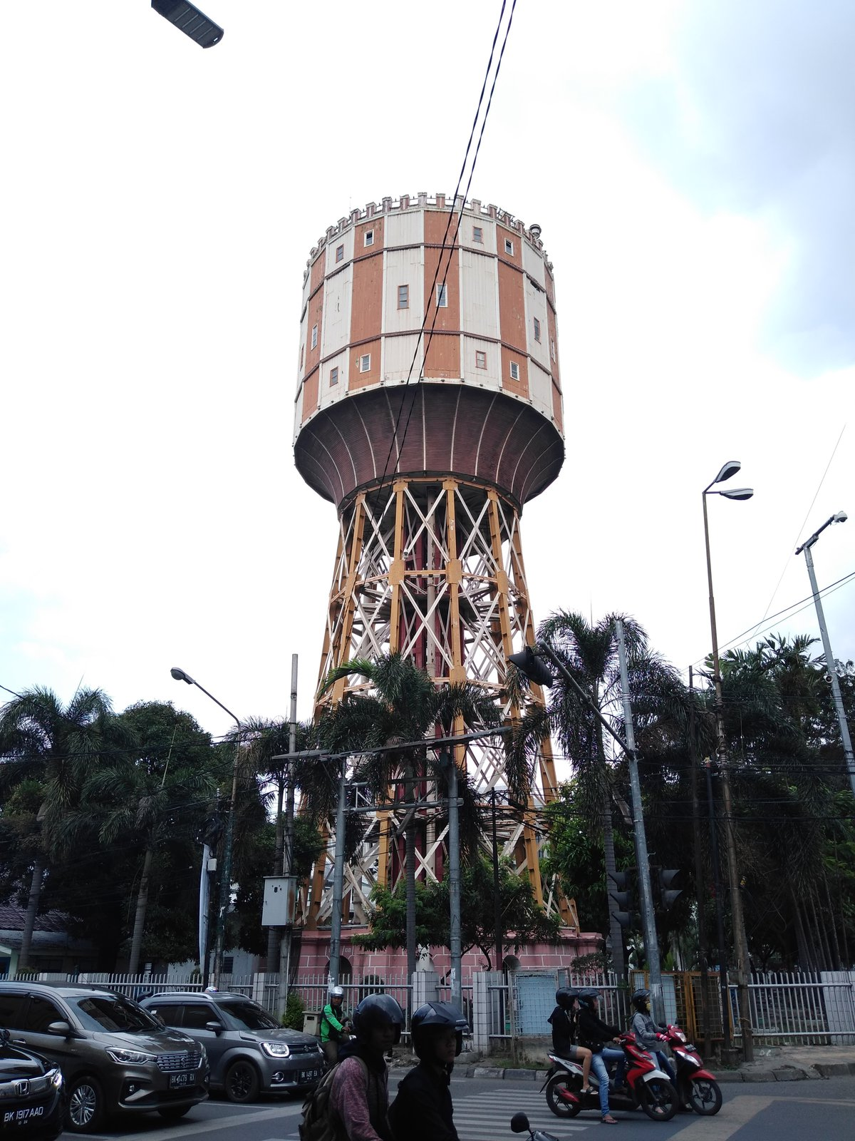 vodárenská věž Tirtanadi