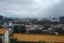 výhled na Penang z Kek Lok Si Temple