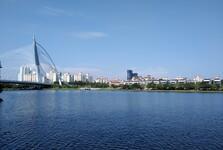 озеро Путраджайя и мост Сери Вавасан