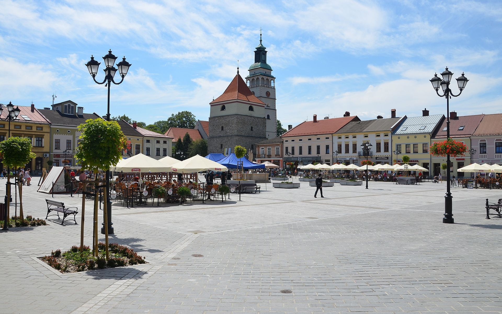 Hlavní náměstí, wikipedia.org; Silar