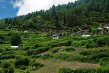 на пути к озеру вы пройдете через несколько традиционных деревень