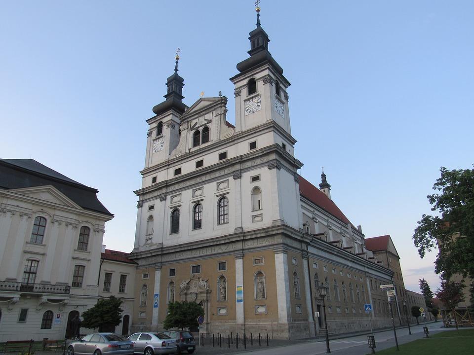 katedrála sv. Jana Křtitele v Trnavě