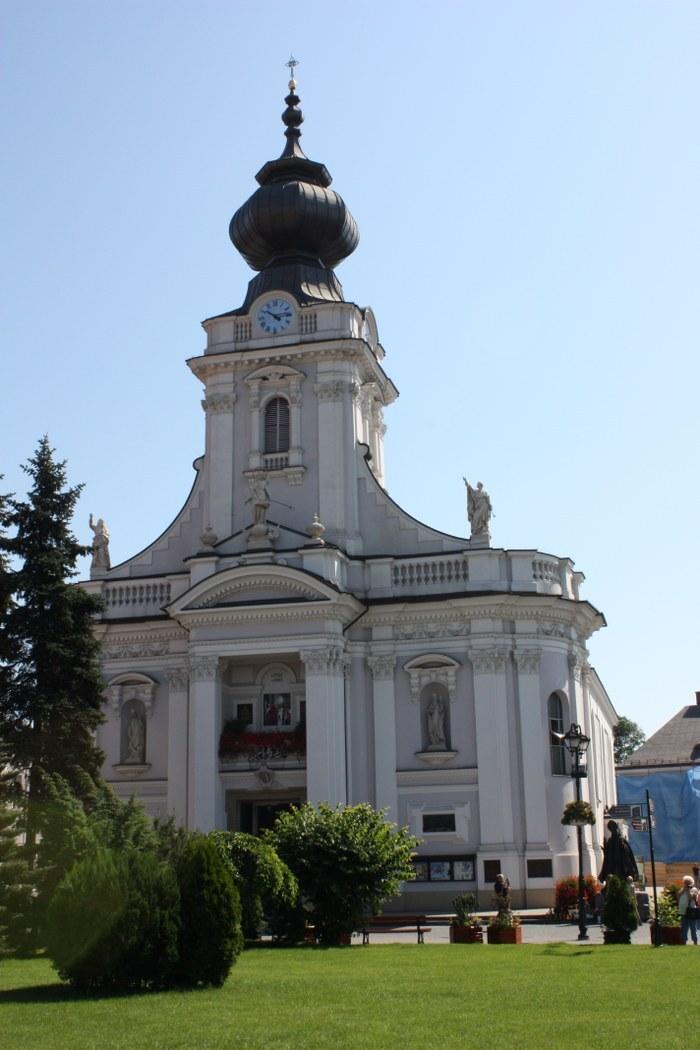 farský kostel – bazilika Panny Marie