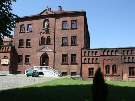 kláštorný komplex karmelitánov