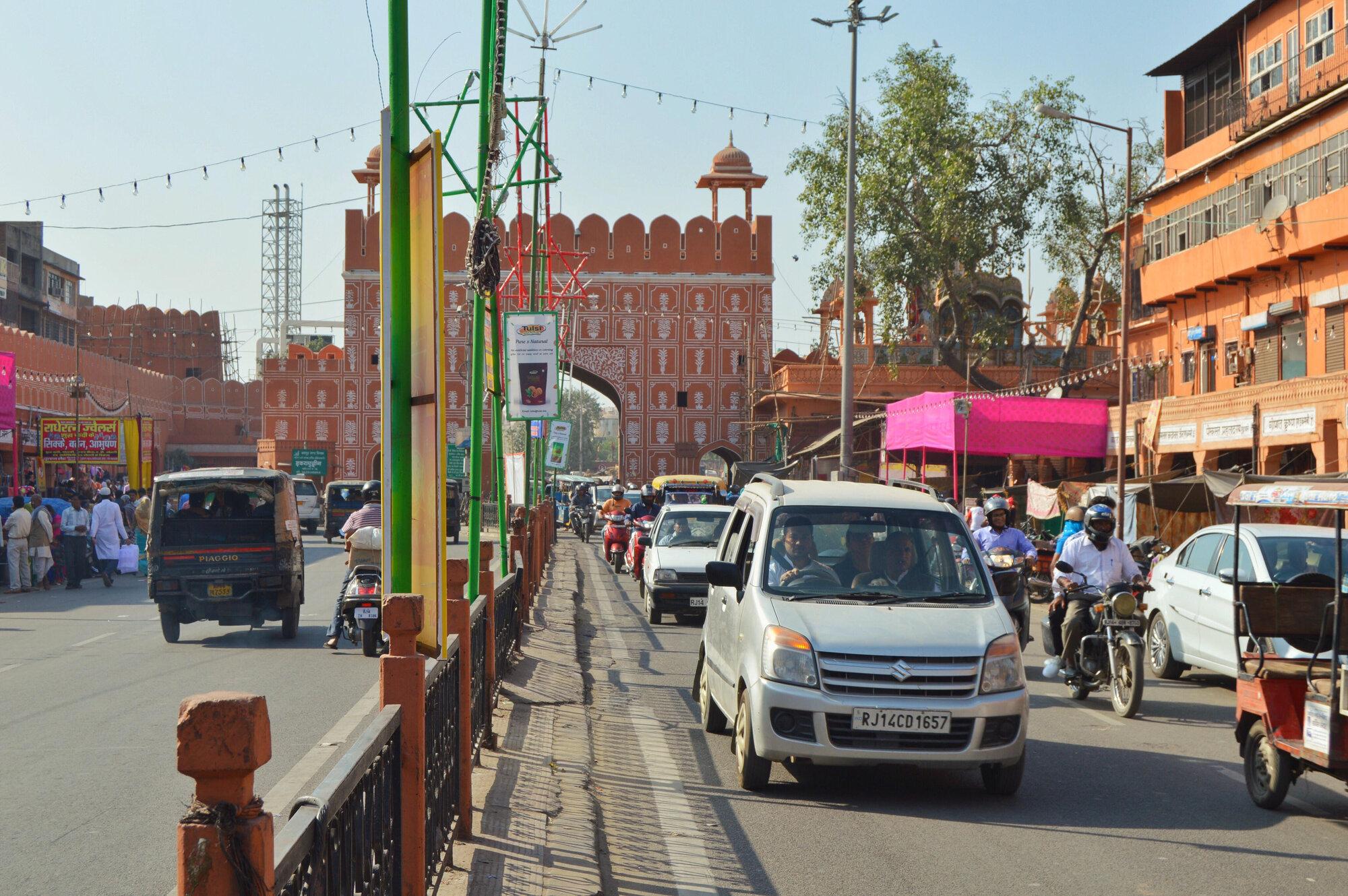 rušné ulice Jaipuru