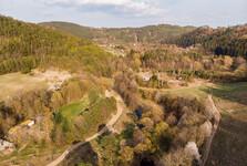 долина Бобрувки в направлении к Скрыям