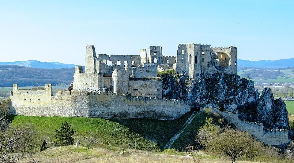hrad Beckov, (c) Pixabay.com