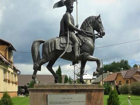 obec Mojtín (pamätník na najstaršieho vojaka sveta), (c) FB obec Mojtín