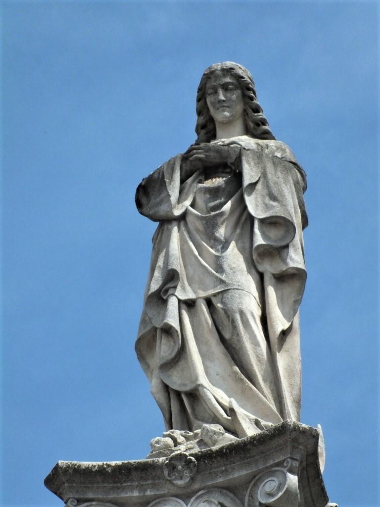 Непорочная Дева Мария, Банска-Быстрица; (c) Анна Ноциарова