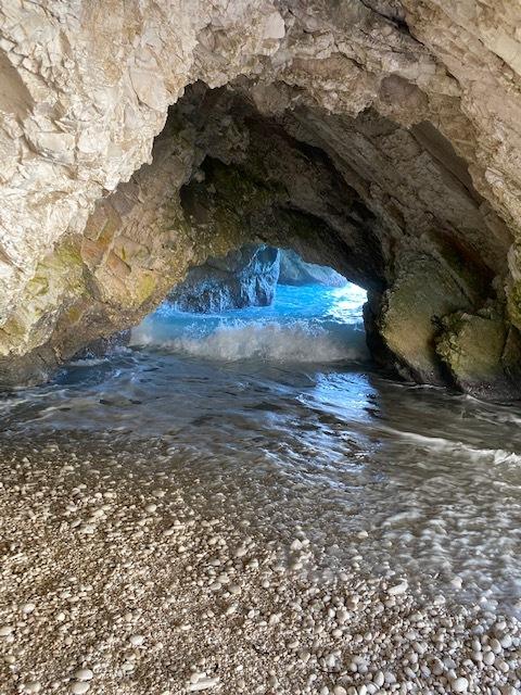 jeskyně na pláži Myrtos