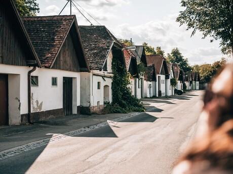 Kellergasse; (c) Niederösterreich Werbung / Romeo Felsenreich