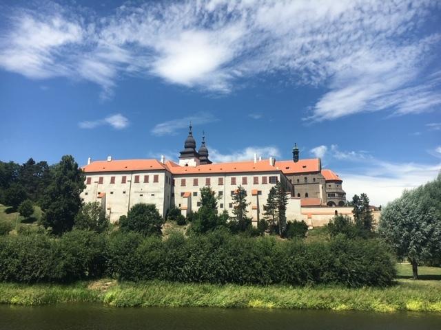 монастырь в Тршебиче