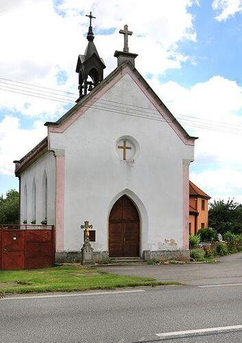 kaplnka v Hladove