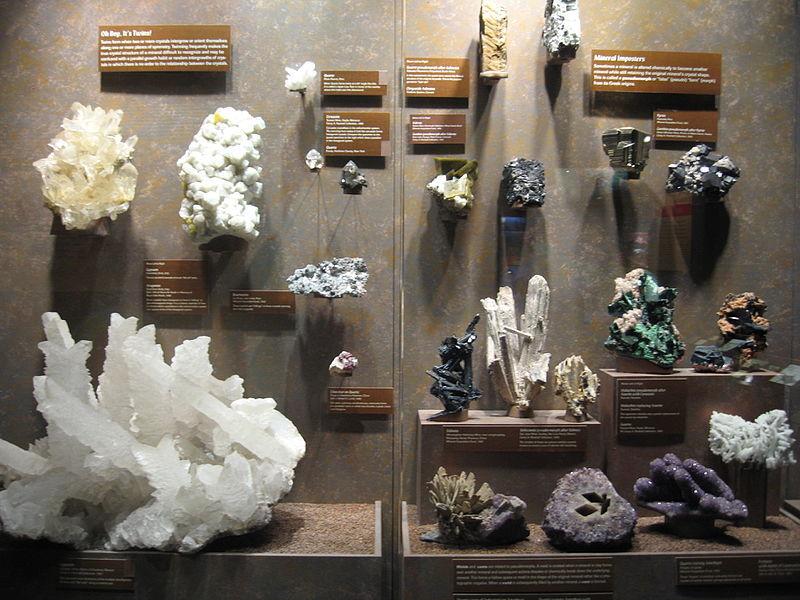 krystaly v Bruce Museum