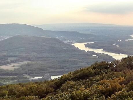 výhľad na Devín a Hainburg