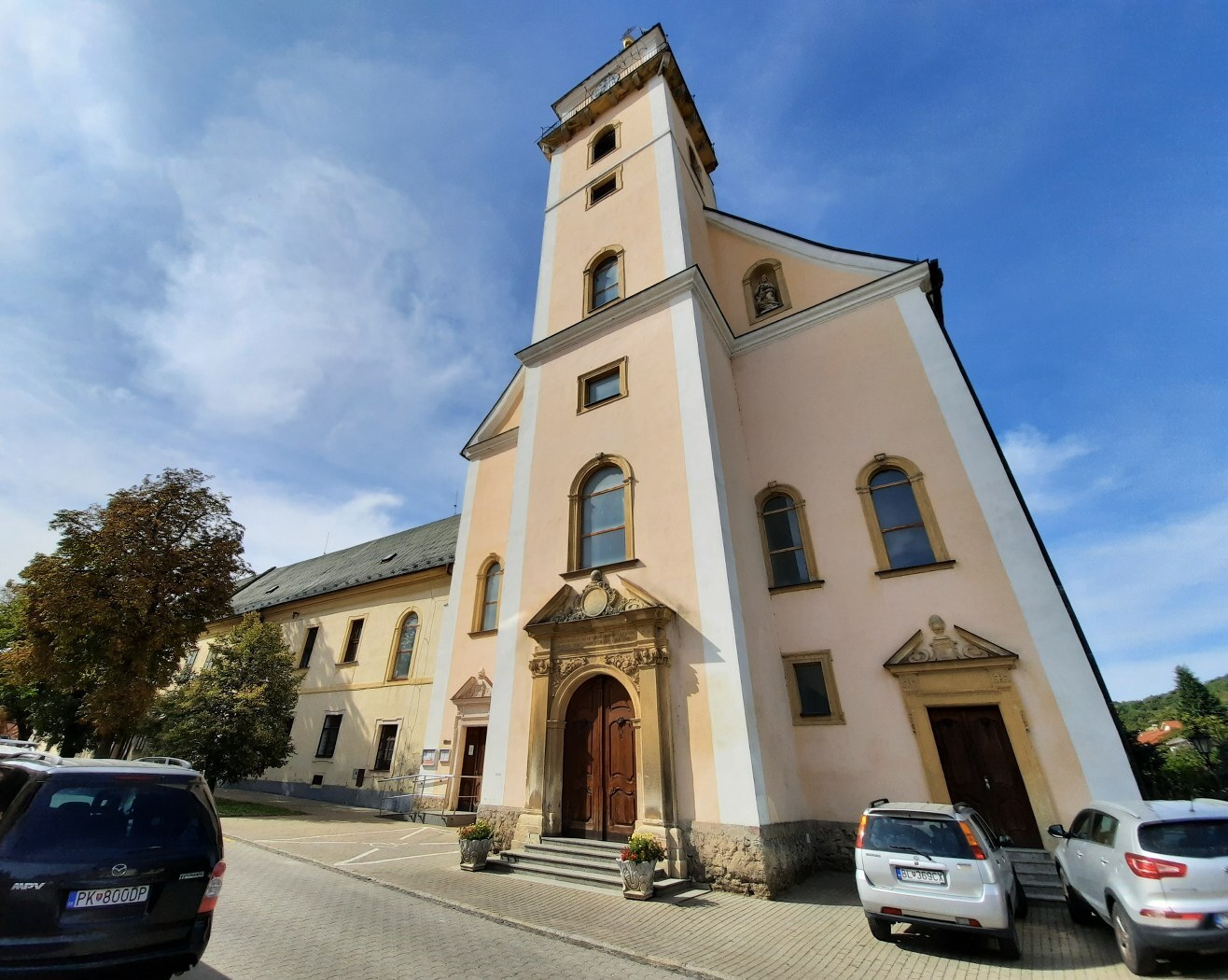 piaristický kostel Svaté Trojice