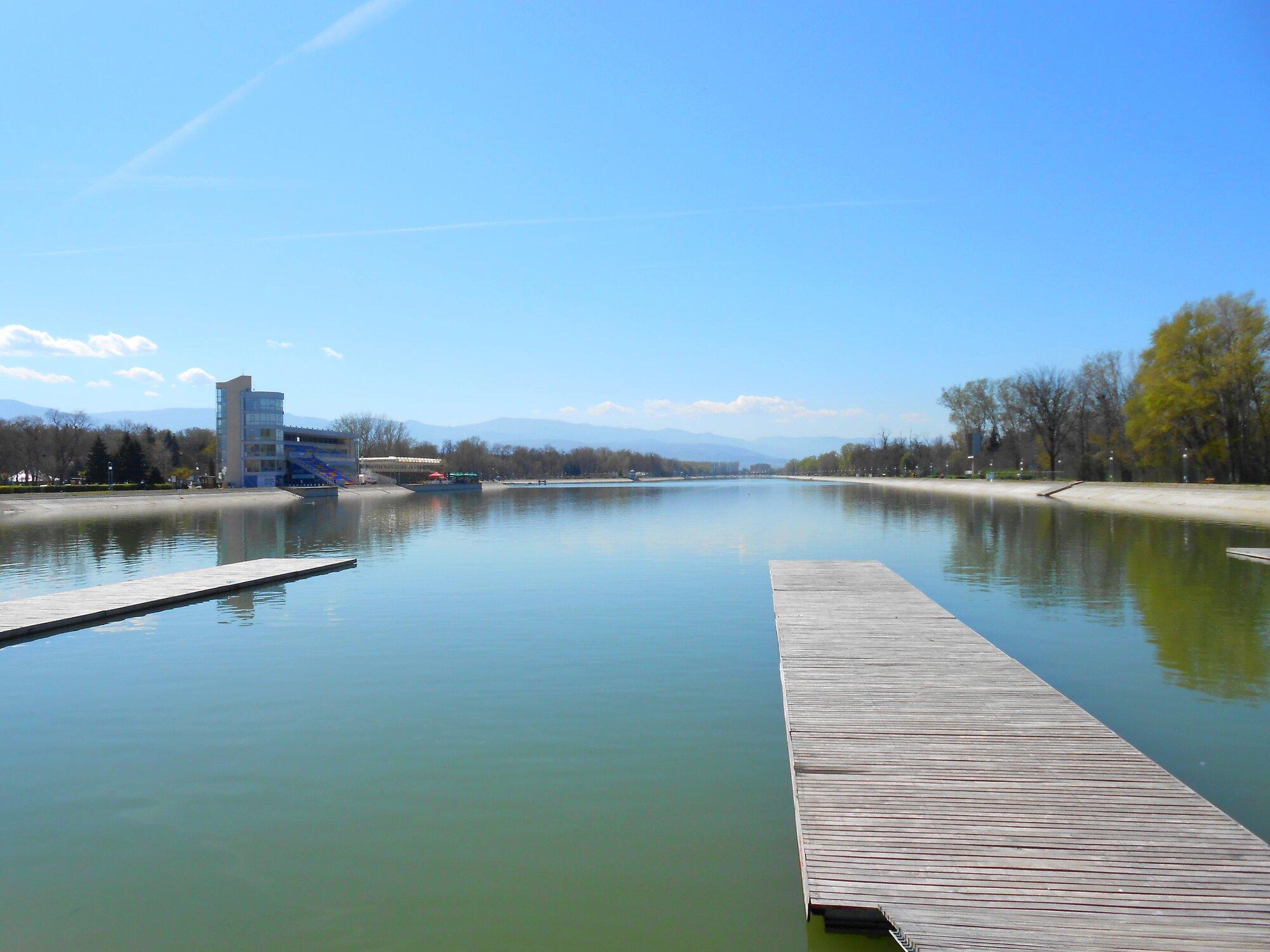 Umělý vodní kanál Grebna Baza