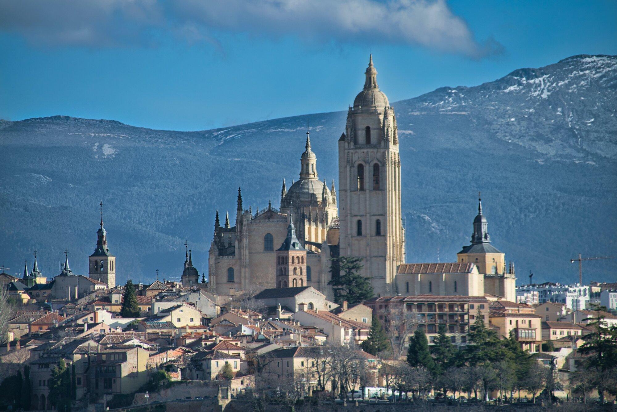 Segovia (manuel-lopez-kFRvEHqTpFI-unsplash)