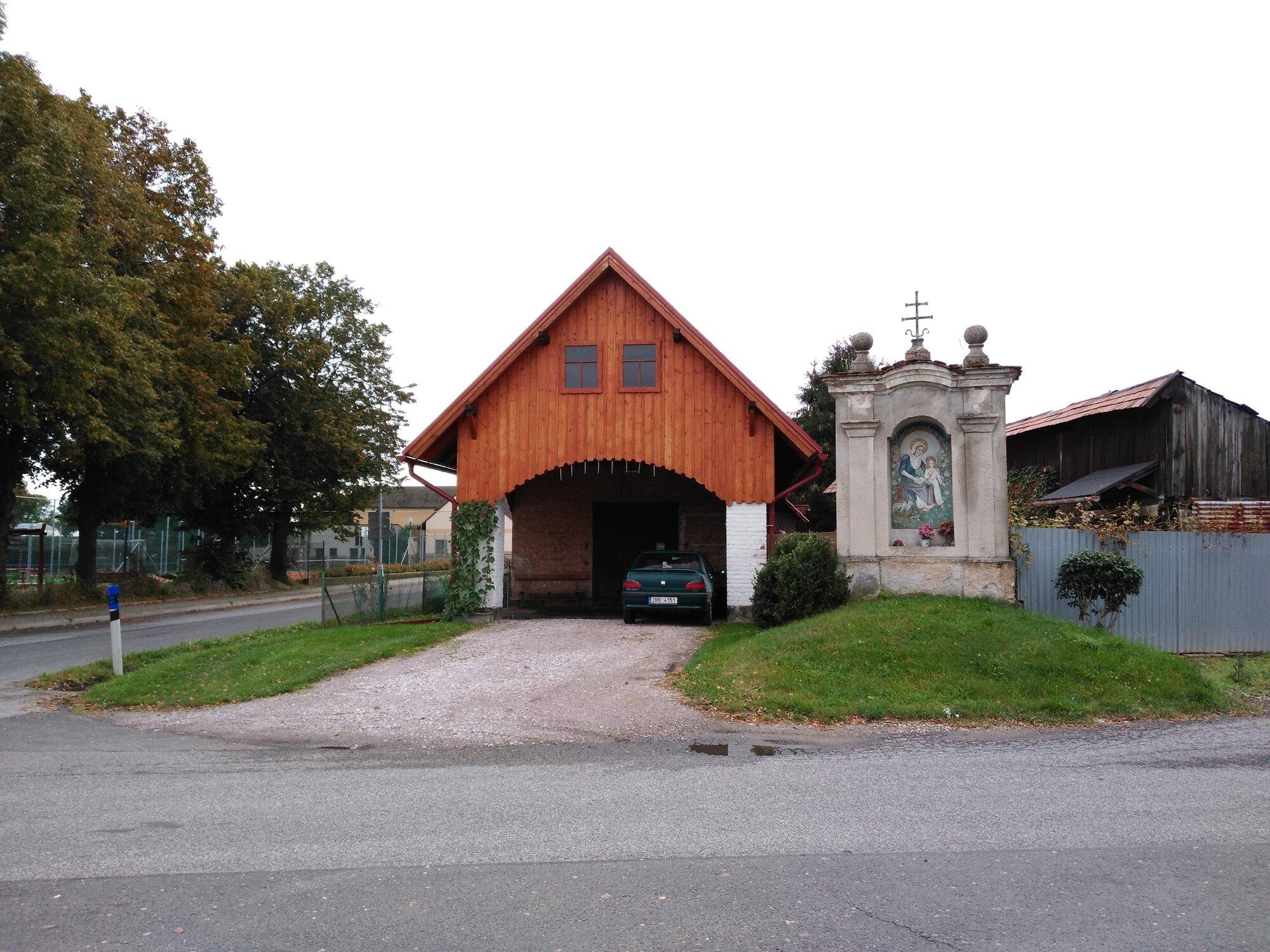 výklenková kaple Dětenice