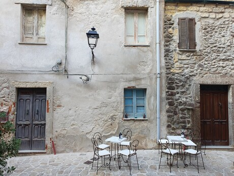 uličky Castelsarda