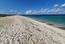 pláž Ezzi Manu