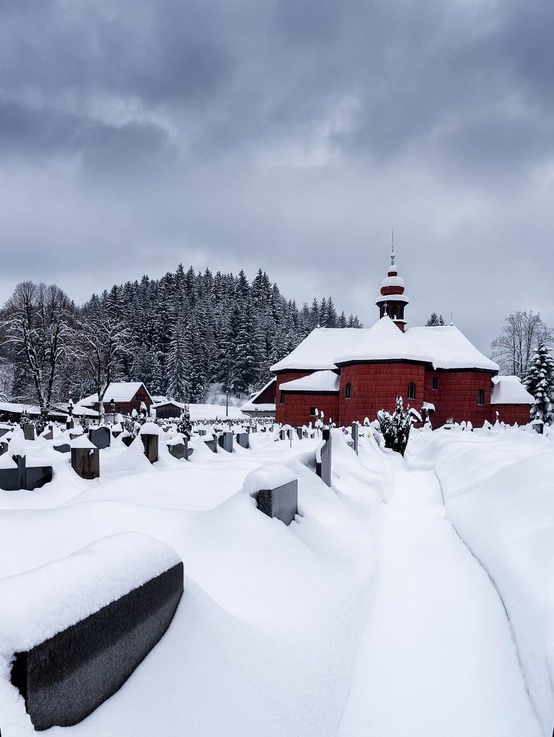 Velké Karlovice – kostel, (c) archív CCRVM