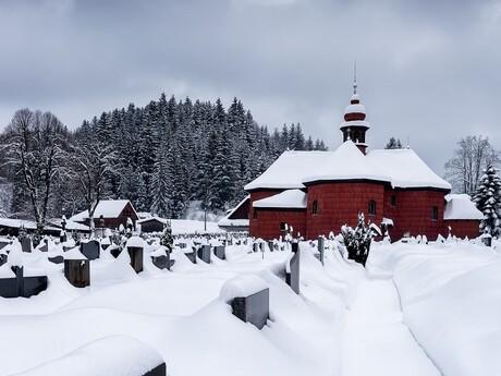 Velké Karlovice - kostol, (c) archív CCRVM