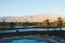 luxusní bazén v Palm Springs