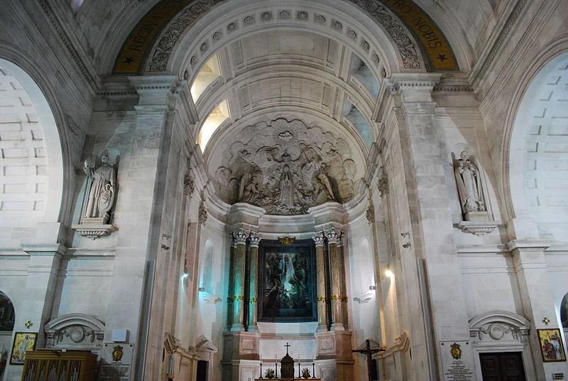 hlavní oltář baziliky