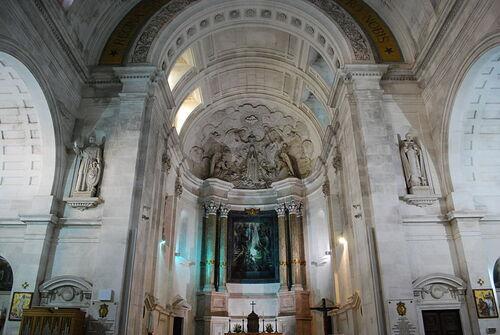 hlavný oltár baziliky