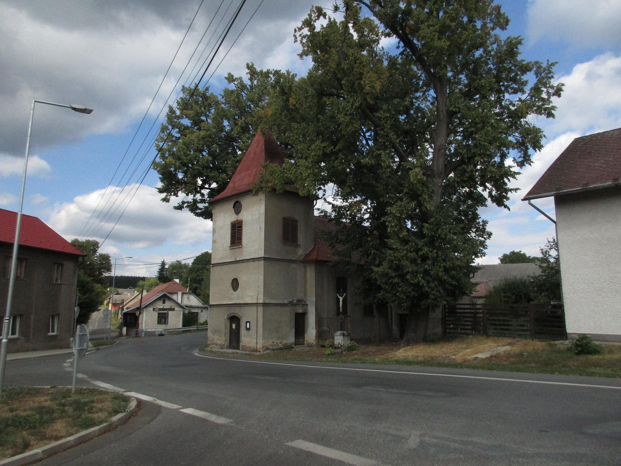 Obecnice, kostel sv. Šimona a Judy