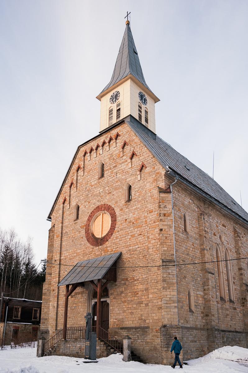 kostel sv. Jindřicha v Nových Hamrech