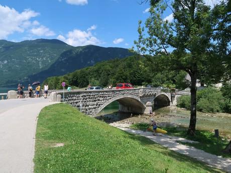 Ribčev Laz (kamenný most)