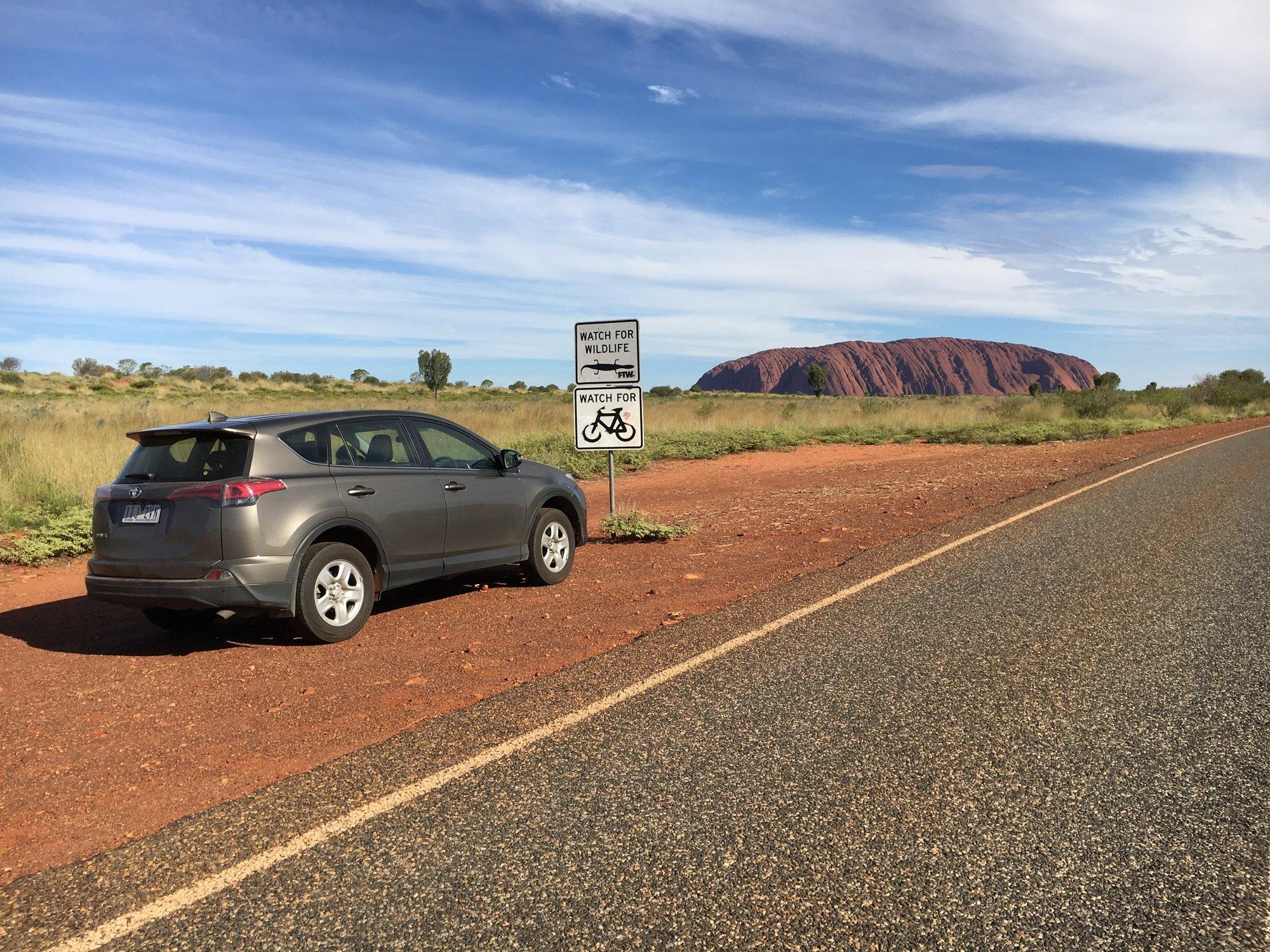 přijíždíme k Uluru